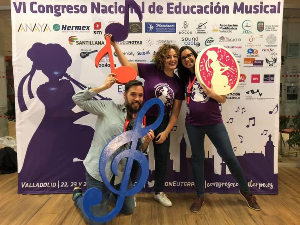 Parte del equipo de Tararea Laboratorio Musical en el VI Congreso Con Euterpe
